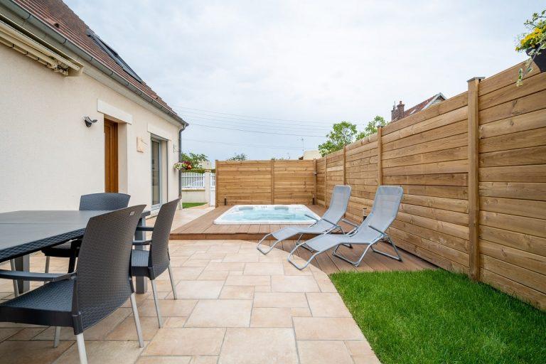 Aménagement extérieur avec spa à Soissons (02)