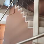 rénovation cage d'escalier bi couleur peinture chair pêche rambarde garde-corps Angoulême
