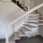 rénovation cage d'escalier avant travaux marche bois Angoulême