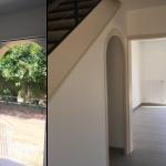 rénovation maison entrée voûte escalier salon carrelage peinture Arradon