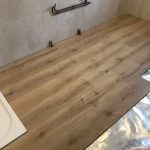 Pose de la douche à l'italienne - Rénovation d'une salle de bain à Yrieix-Sur-Charente