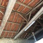 Toiture non isolée avant travaux - rénovation grange à Bellevigny