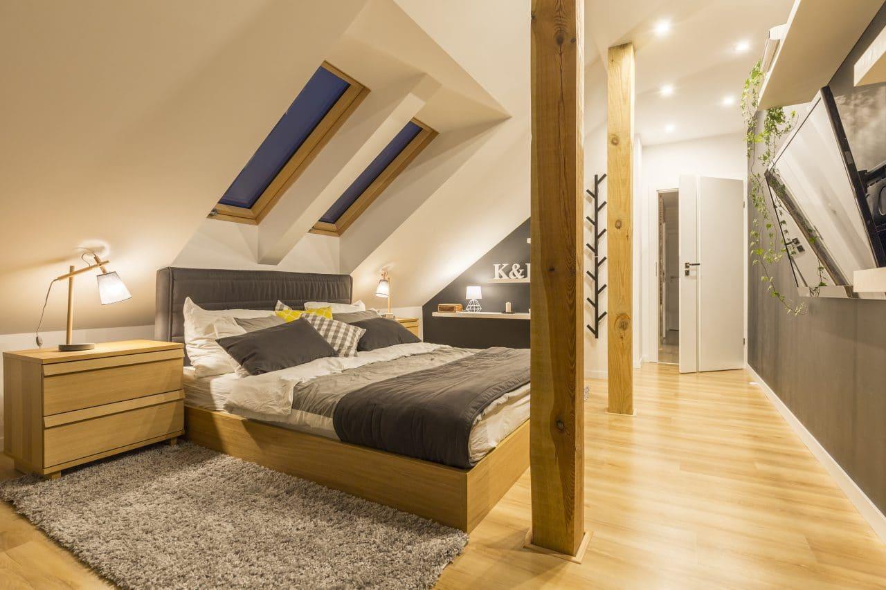 extension maison le puy en velay : chambre sous les combles