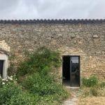 Murs à rénover - rénovation grange à Bellevigny