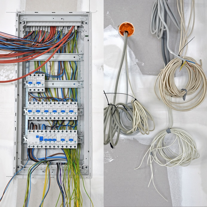 prix rénovation électricité par illiCO travaux