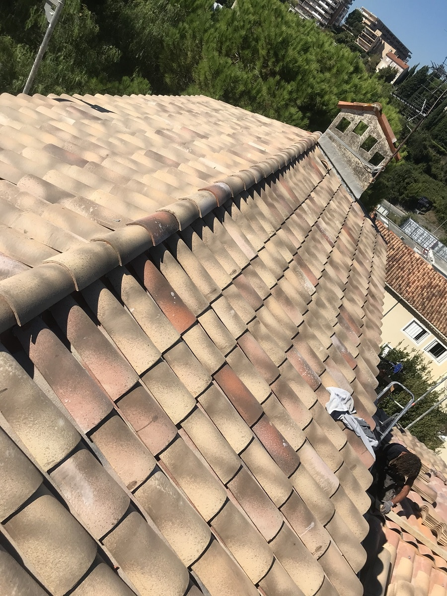 Rénovation d'une toiture à Cannes (06)
