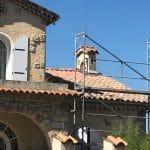 Échafaudage durant les travaux - Rénovation d'une toiture à Cannes
