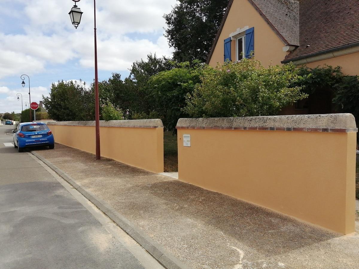 Mur extérieur et façade rénovés - aménagements extérieurs près de Chartres