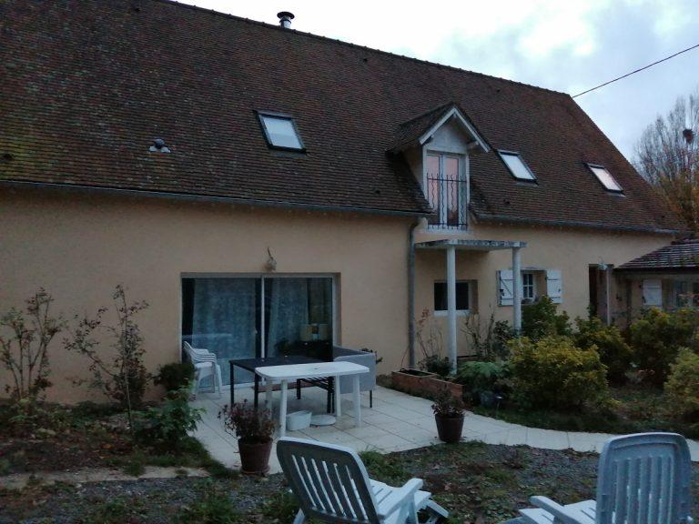 Ravalement de façades d'une maison à Saint-Prest (28)