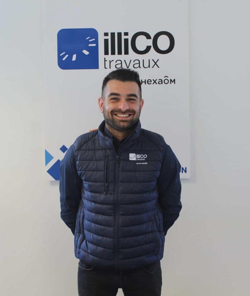 Florian Chevillard responsable de l'agence locale illiCO travaux Gap