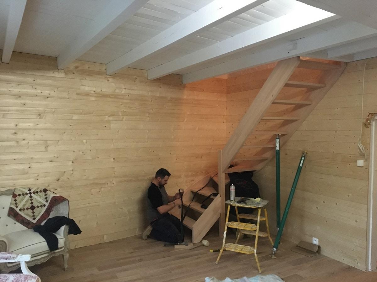 Aménagement d'un salon dans une maison ancienne d'un hameau de Miraval-Cabardès (11)