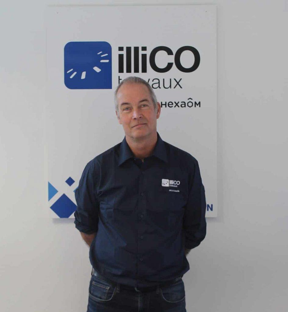 Yann Douguet responsable de l'agence locale illiCO travaux Rennes Est