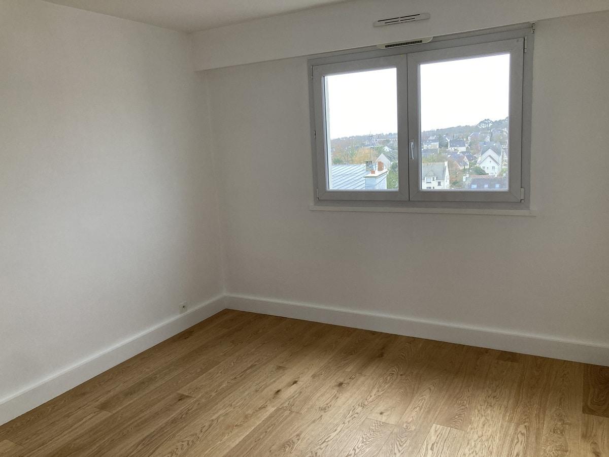 Chambre après travaux - rénovation appartement à Vannes