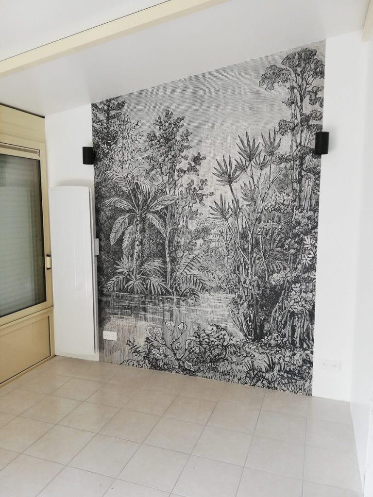 Mur du salon avec tapisserie - Rénovation d'une maison à La Rochelle