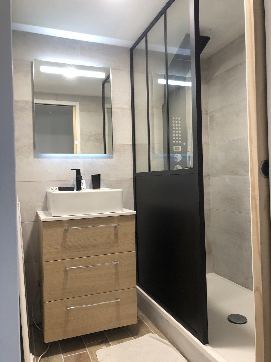 Transformation d'un garage en chambre et salle de bain à Saint-Julien-Des-Landes (85)