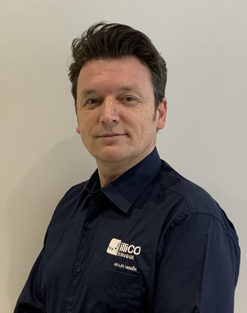 Sébastien Perier responsable de l'agence locale illiCO travaux Avranches - Granville
