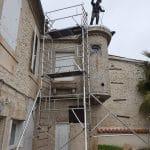 préparation du chantier avec pose d'un échafaudage - rénovation d'un toit terrasse à Cognac