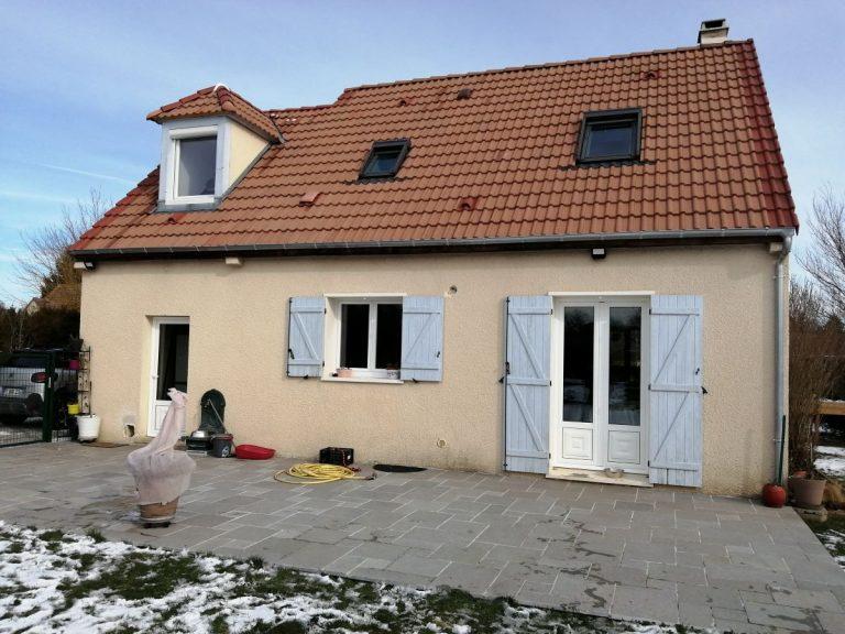 Rénovation d'une toiture à Sainte-Gemme-Moronval (28)