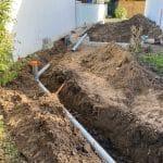 Passage des canalisations et évacuations - Construction d'une extension de maison en bois à Ambarès et Lagrave
