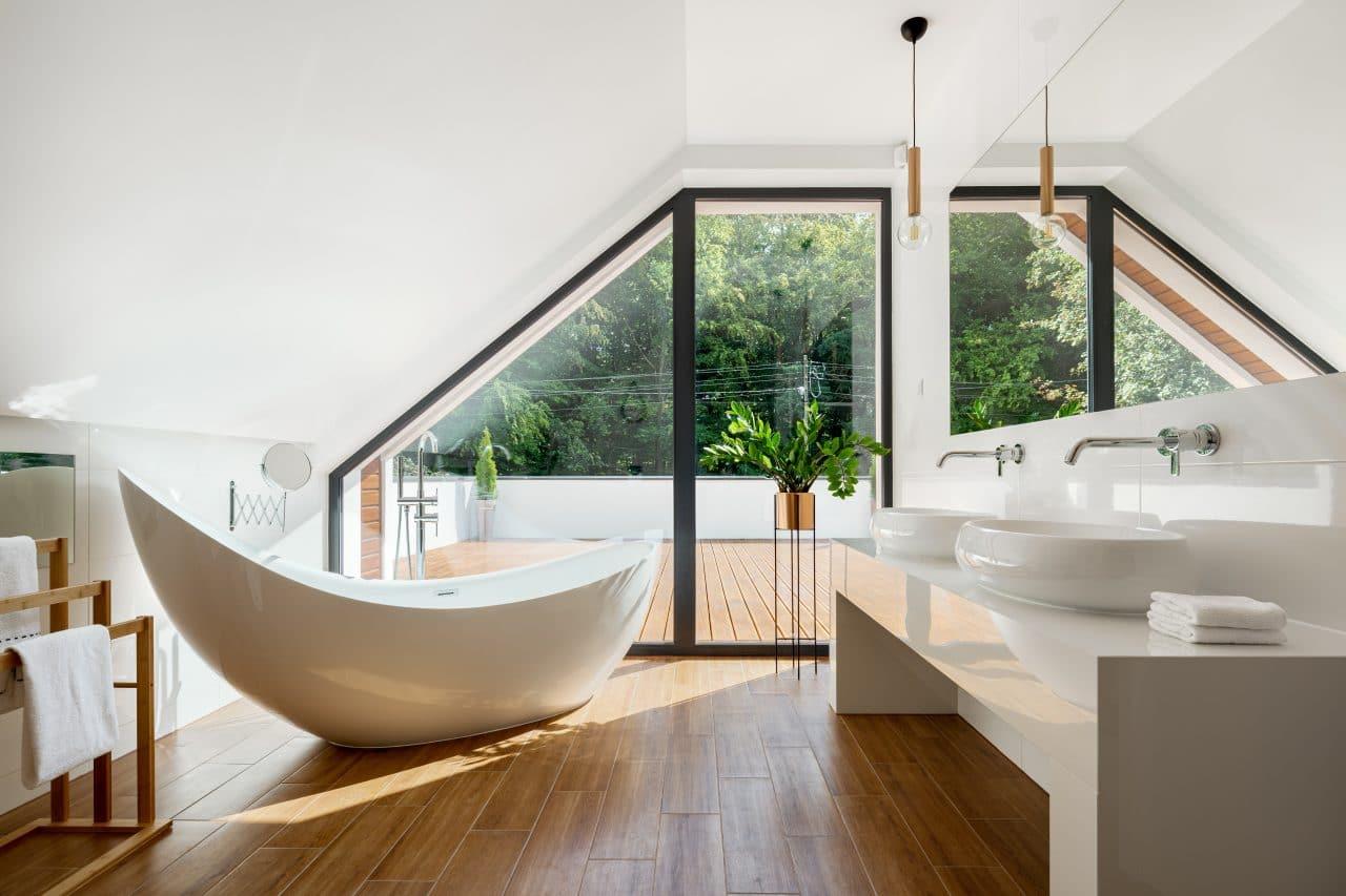 extension de maison à Saint-Germain-en-Laye par illiCO travaux : salle de bain sous combles