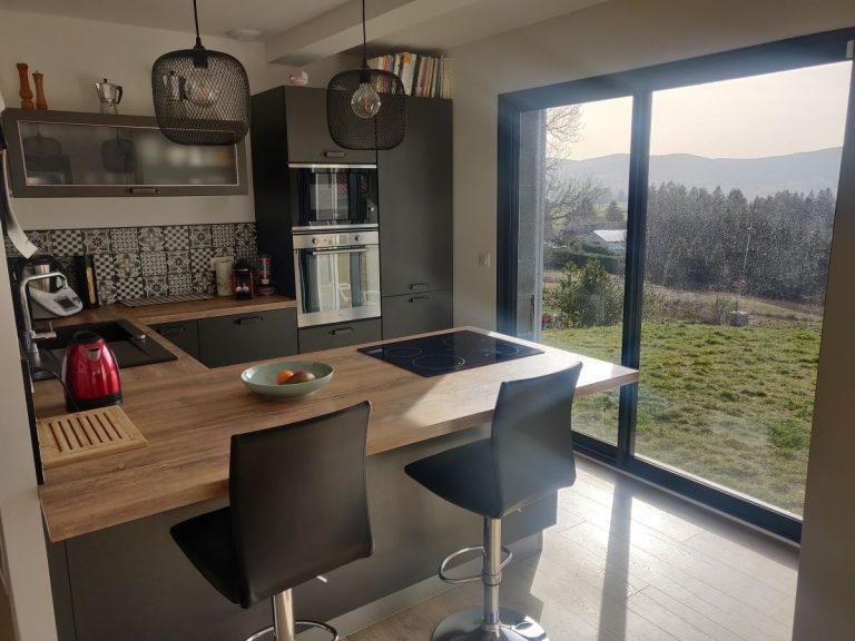 Rénovation d'une cuisine à Saint-Genest-Malifaux, près de Saint-Etienne (42)