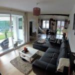 Salon rénové avec modification des cloisons - Rénovation complète d'une maison à Etiolles