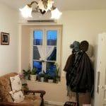 Peinture dans le salon - rénovation partielle d'une maison à janville-en-Beauce