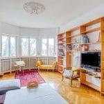 Salon aménagé à l'étage - rénovation d'une maison à Strasbourg en deux appartements