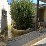 Livraison des pierres naturelles Aménagement extérieur d'un patio près de Monptellier