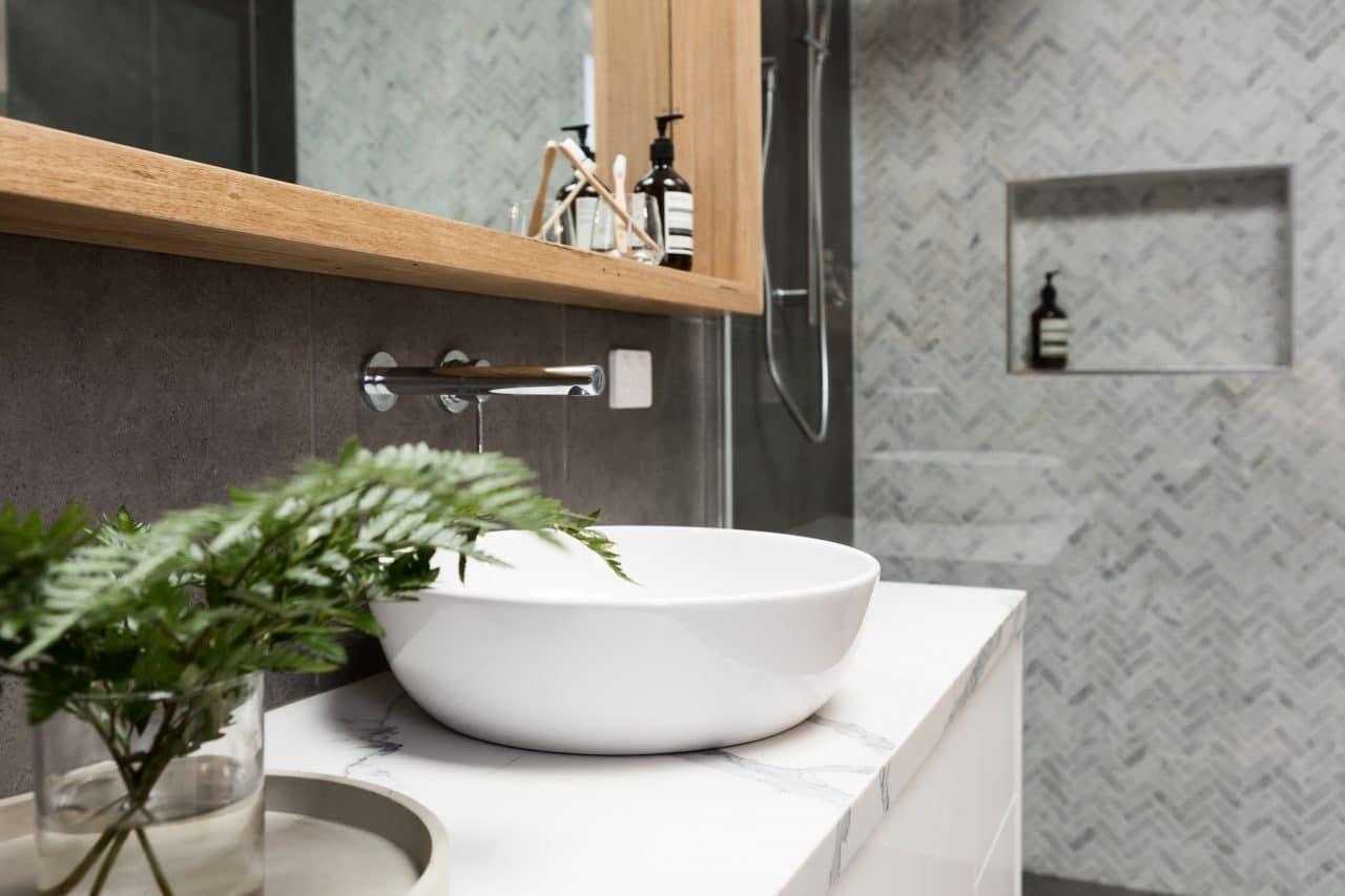 rénovation appartement Lorient - salle de bain par illiCO travaux Lorient