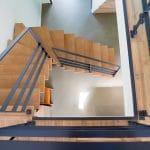 Escalier sur mesure vue d'en haut - rénovation complète d'une maison à Thouars