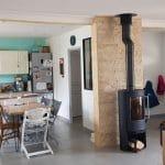 Vue générale de la pièce de vie rénovée - Rénovation d'une maison à Toulouse