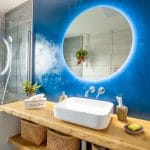 rénovation maison Olivet - salle de bain vasque et miroir éclairé