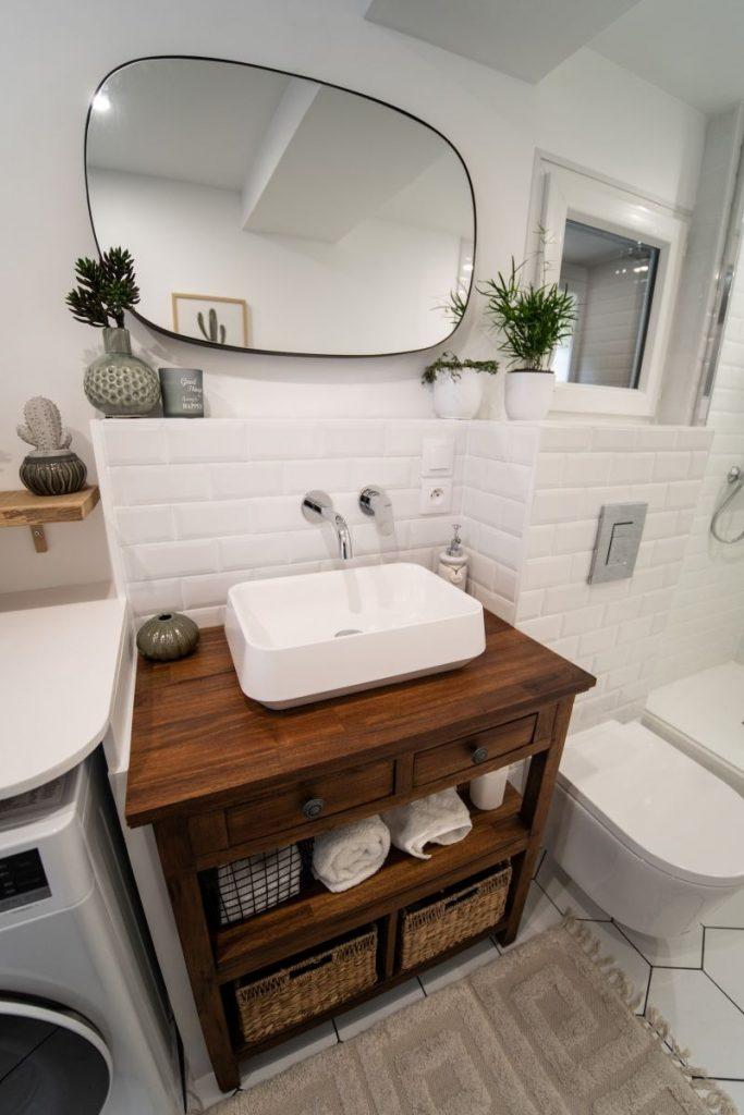 2vier sur meuble ancien rénové - Rénovation d'une salle de bain à Montpellier