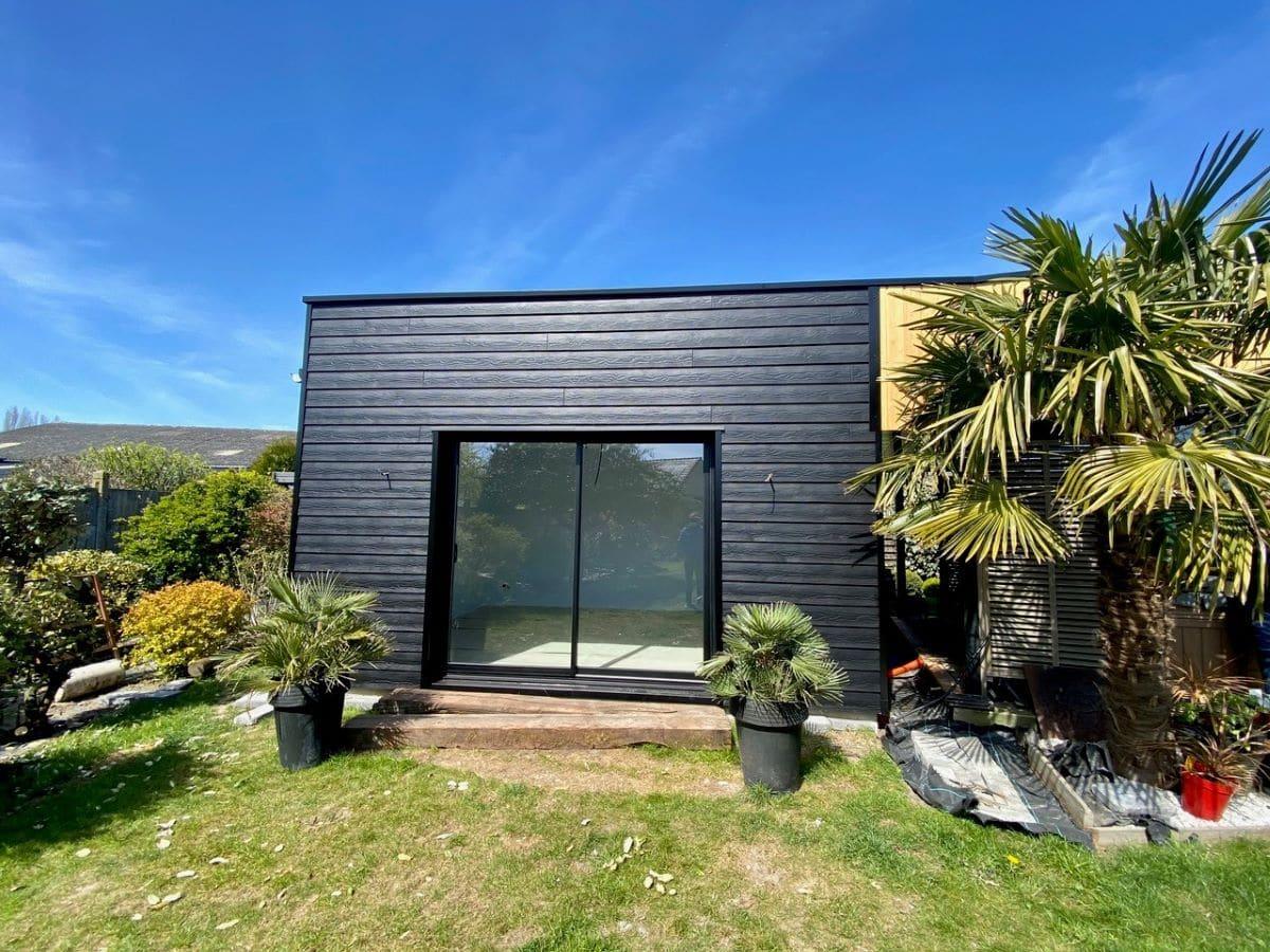 Grance baie vitrée - Construction d'une extension maison en bois à Arques