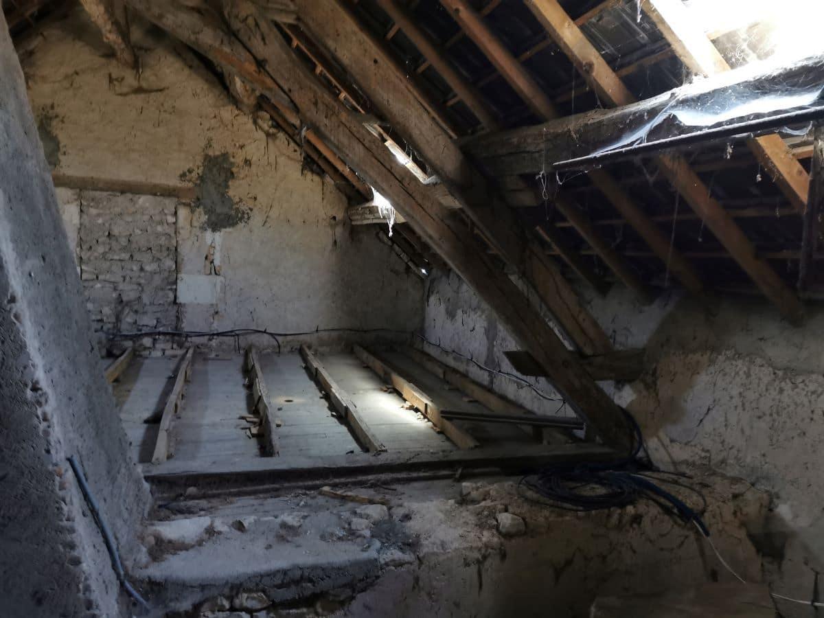 Etat général avant travaux - Rénovation partielle d'une maison à Trouy Bourg, près de Bourges (18)