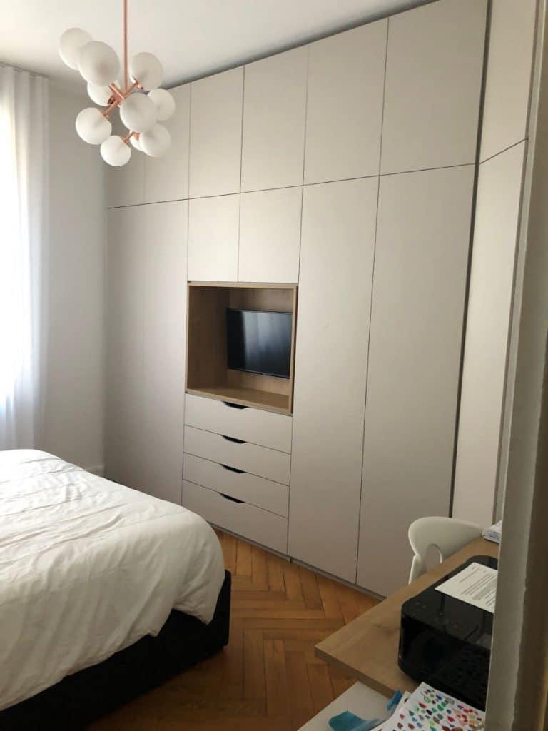 Création d'un dressing dans la chambre - rénovation partielle d'une maison à Lyon