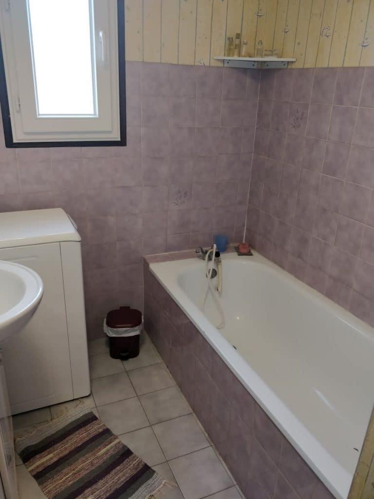 Avant travaux - rénovation d'une salle de bain à Chirens
