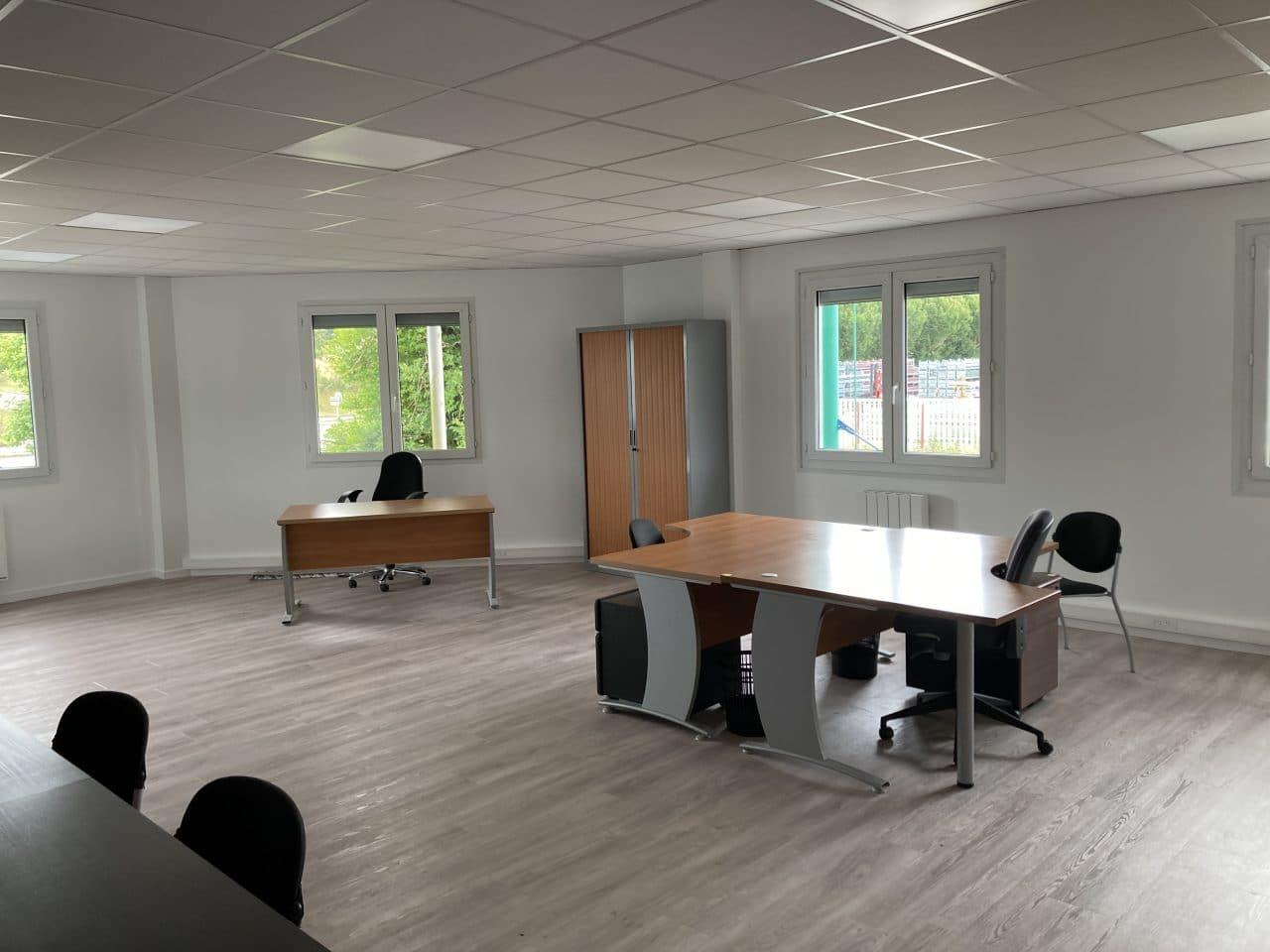 Création d'un espace bureau open space à Carentoir