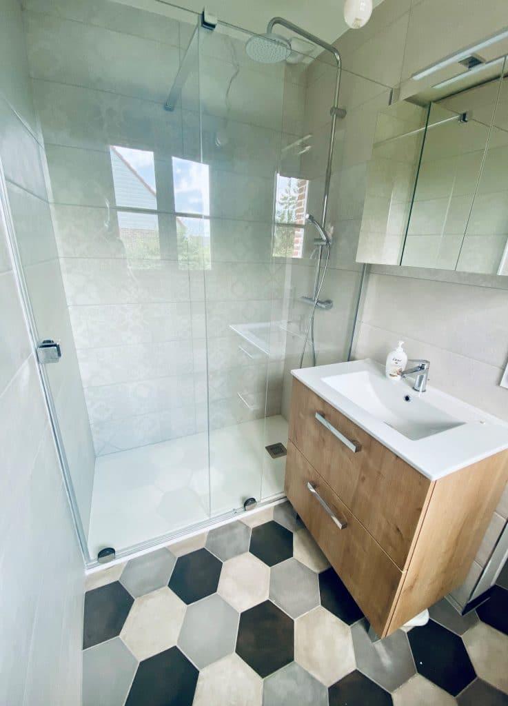 Rénovation intérieure d'une maison à Lederzeele - salle de bain avec douche