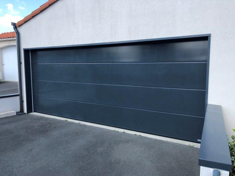 Rénovation d'une porte de garage à La Roche-sur-Yon (85)