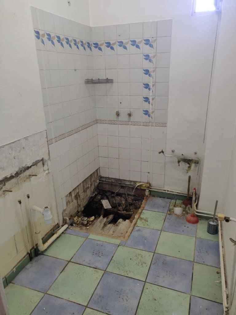 Salle de bain à rénover - Saint Etienne