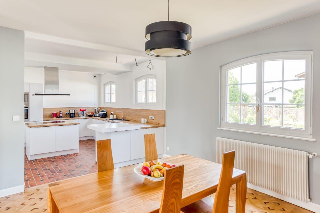 rénovation de cuisine à Holtzheim - cuisine et salle à manger