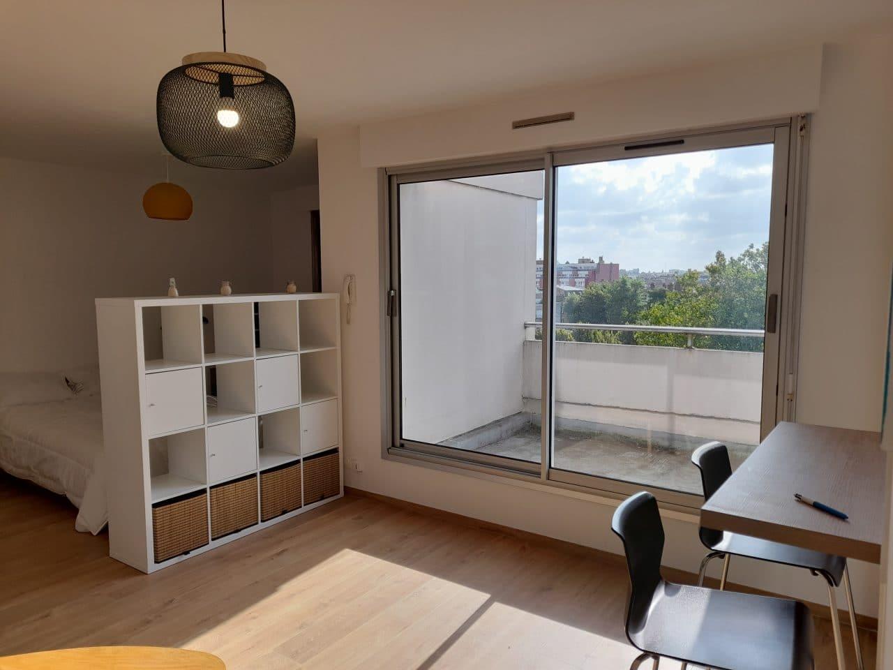 rénovation d'appartement locatif à Lille Saint-Maurice - baie vitrée