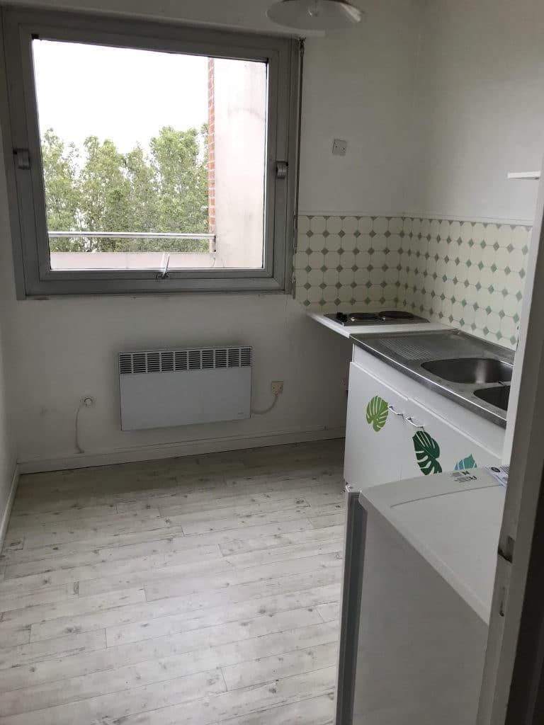 rénovation d'appartement locatif à Lille Saint-Maurice - cuisine avant travaux