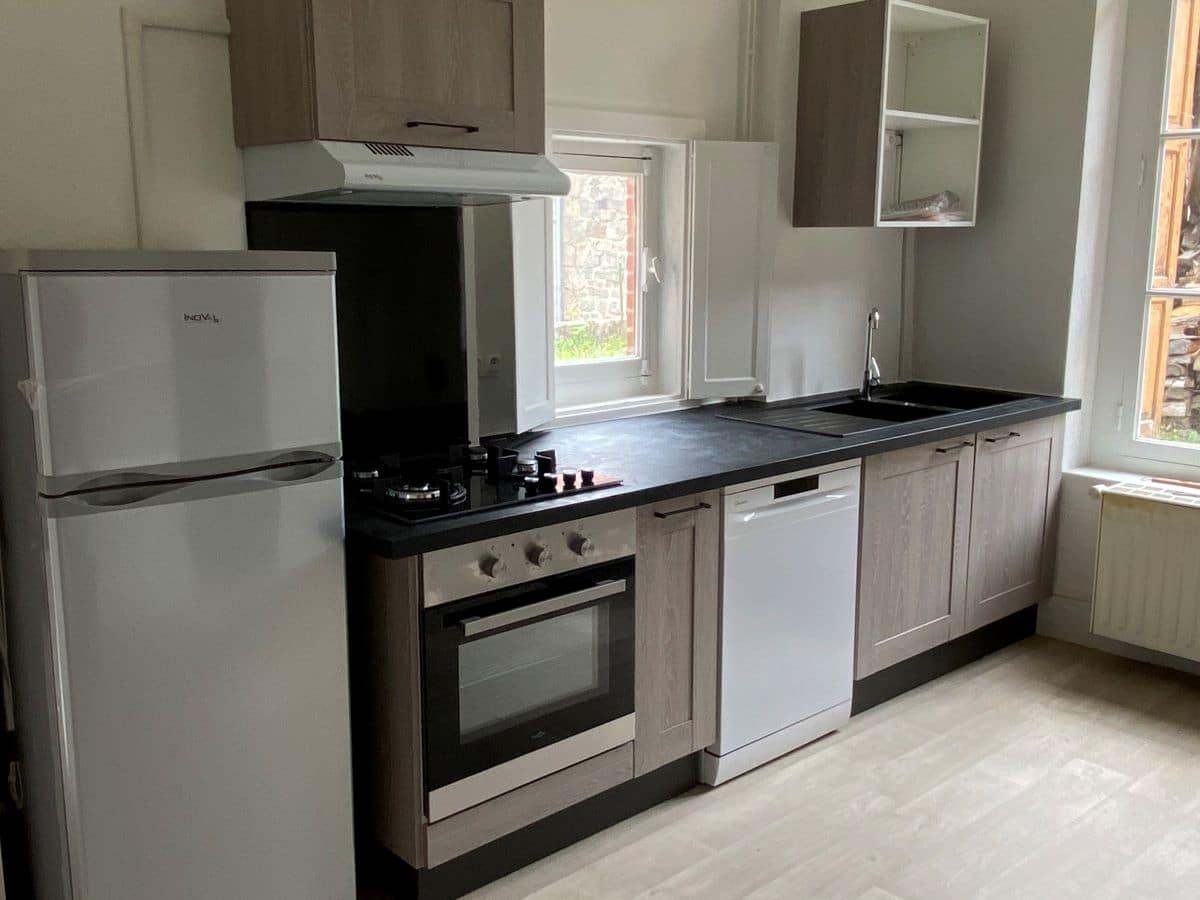 Rénovation de la cuisine d'une ancienne maison à Saint Victor Malescours (43)