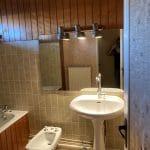 Salle de bain avant rénovation Rénovation d'une salle de bain à Bourges par illiCO travaux
