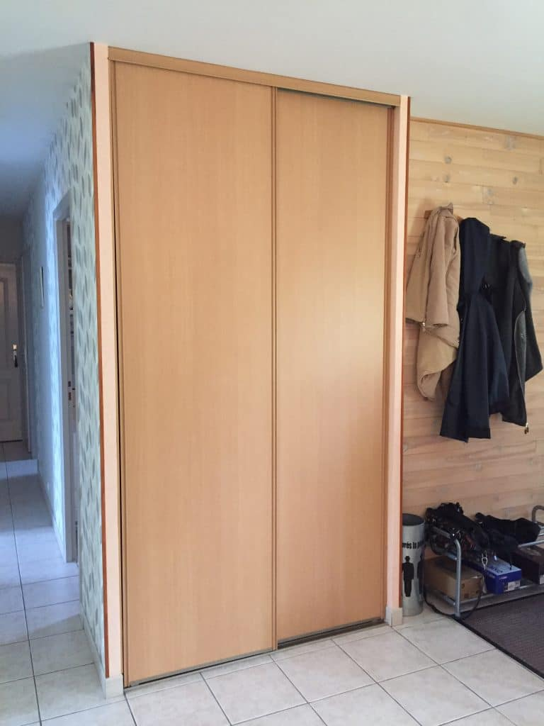 rénovation partielle d'une maison à Luynes - entrée avant travaux de rénovation