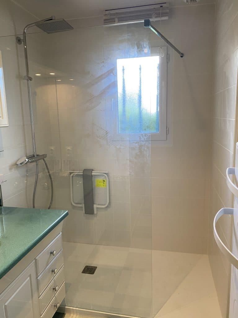 rénovation partielle d'une maison à Luynes - salle de bain
