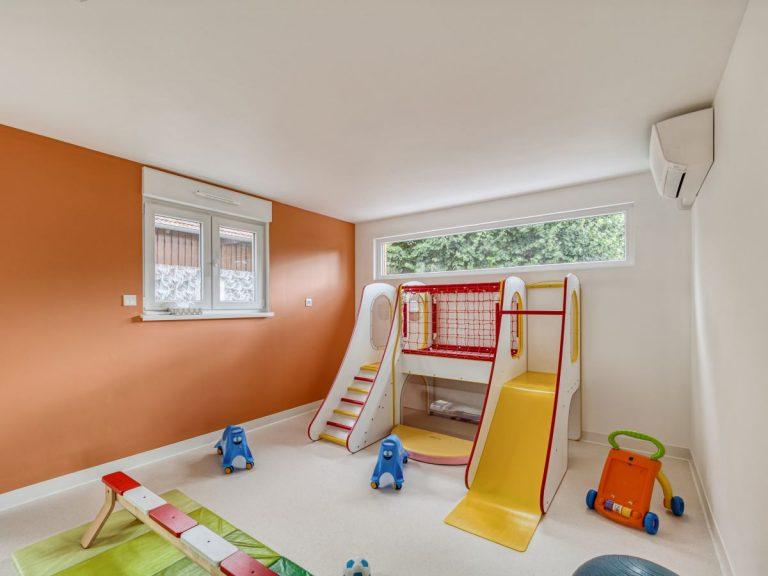 Transformation d'une maison en micro-crèche à Stutzheim-Offenheim (67)